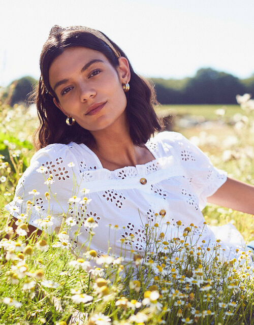 Broderie Anglaise Top in Organic Cotton, White (WHITE), large