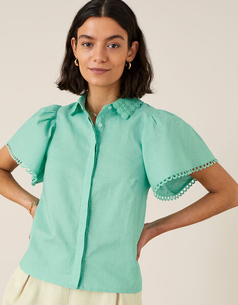 Lace Collar Shirt in Linen Blend Green, Green (GREEN), large