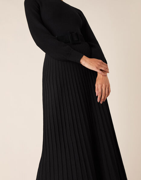 Pleated Skirt Knit Dress with LENZING™ ECOVERO™ Black, Black (BLACK), large